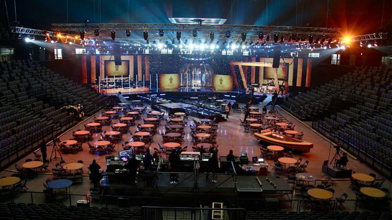 Raskošna pozornica spremna je za finalnu dodjelu (Foto: Dario Njavro)